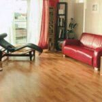 Как постелить линолеум на деревянный пол?