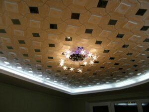 Декор потолка своими руками.