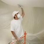 Как правильно побелить потолок известью своими руками?