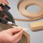 Наклеивание обшивки на древесную плиту