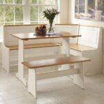 Кухонные уголки для маленькой комнаты – как подобрать мебель