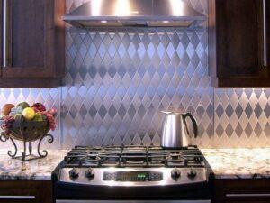 Фартук для кухни из нержавеющей стали