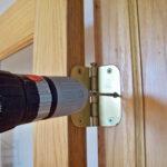 Правила качественной установки двери в доме