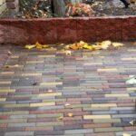 Как убрать высолы на тротуарной плитке?