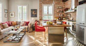 Плитку на полу кухни можно комбинировать с другими материалами