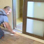 Как установить двери на роликах