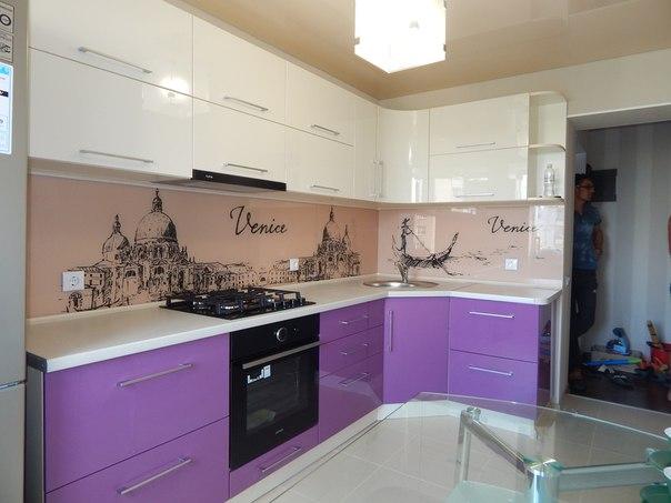 сереневая кухни от Кухни Петербурга