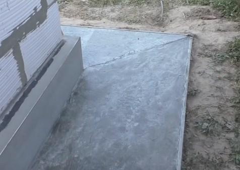 Как сделать бетонную отмостку вокруг дома фото 533