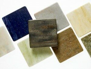 акриловый камень или кварцевый агломерат