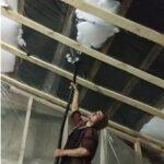 Как выполнить утепление потолка пеноизолом