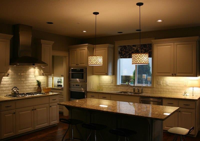 Светильники на кухне5