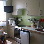 Кухня альбру от Икеа в интерьере квартиры