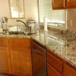 Кухонные столешницы – какой материал практичен и прост в установке?