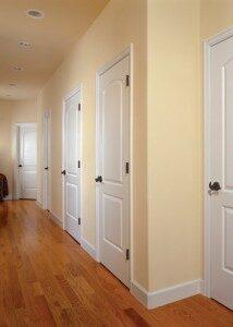 межкомнатные двери в гостиной