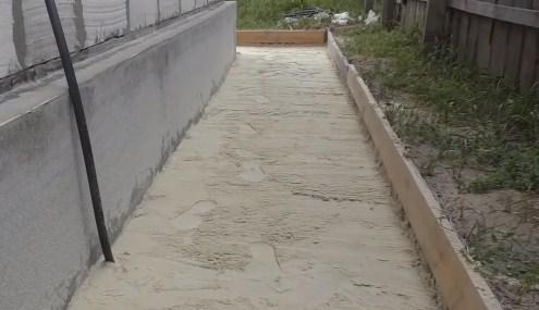 песчаная подушка с уклоном