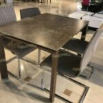 Выбор обеденного стола: формы, цвета, конфигурации