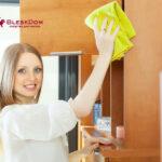 Как и чем удалить пятна с полированной мебели
