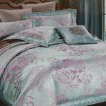 Постельное белье с цветами от компании «Королевский Дом»?