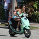 Выбираем электрический скутер для девушки
